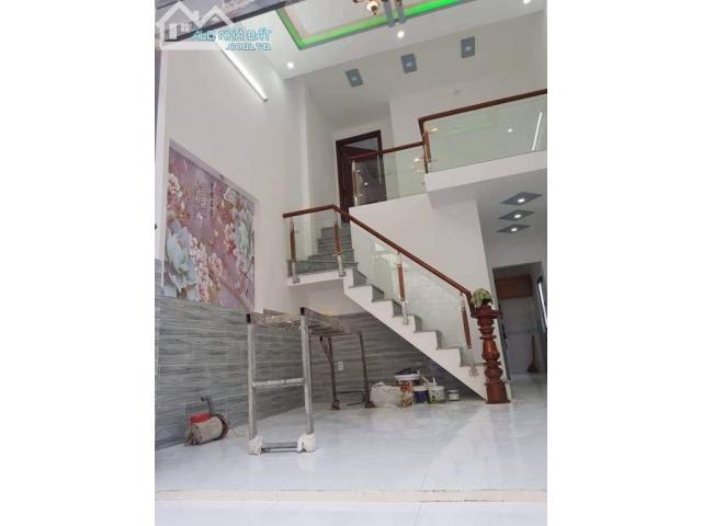 Bán nhà SHR, Lê Lợi- Hóc Môn