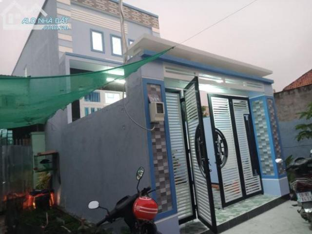 Bán nhà 1 trệt 1 lầu đường Lê Thị Hà Sổ hồng,hỗ trợ sang tên công chứng.
