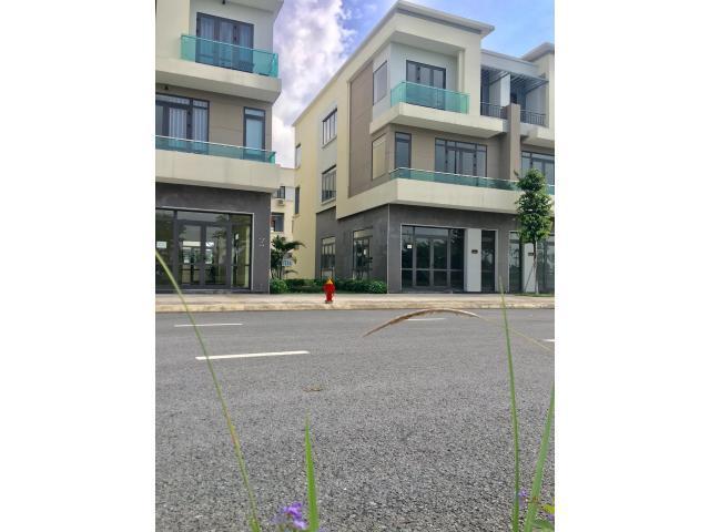 Bán căn góc Shophouse Centa City rẻ nhất thị trường giá 5.19 tỷ, lh 0917785266