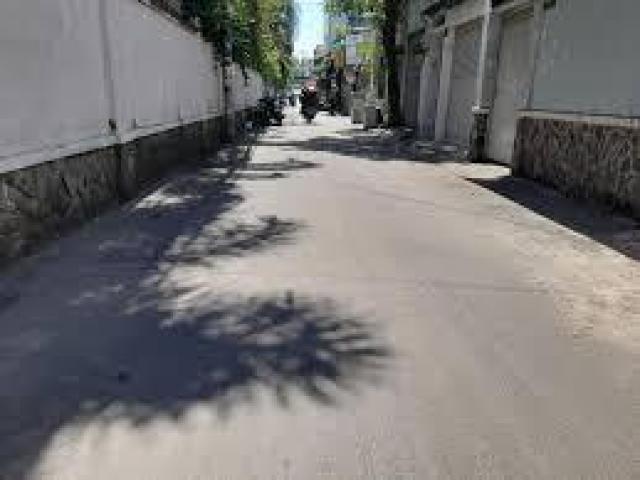 Bán đất 300m2, Hẻm đẹp xe hơi vào tận cửa, Quốc Lộ 1A, Phường 4, Tp Tân An, Long An, chỉ 3tỷ 1.