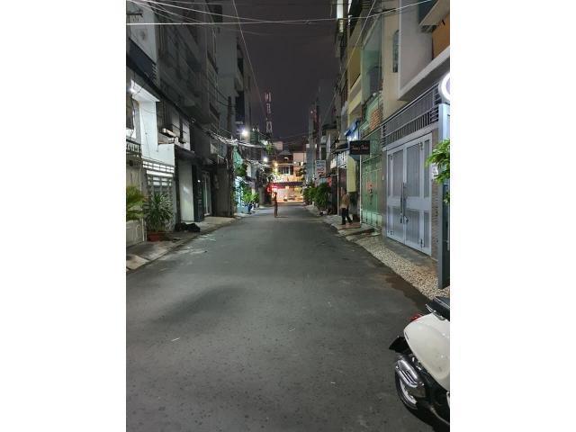 Bán gấp nhà tại 52/60A, Lãnh Binh Thăng, Phường 13, Quận 11, Hẻm Xe Hơi tránh, 55m2, giá 5  tỷ 5 MTG