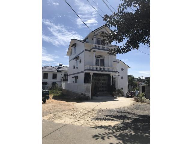 Bán đất biệt thự đường Trần Quý Cáp, P10, Đà Lạt