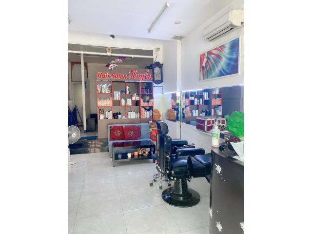 Chính Chủ cần sang lại Salon Tóc vị trí đẹp tại Huyện Bình Chánh