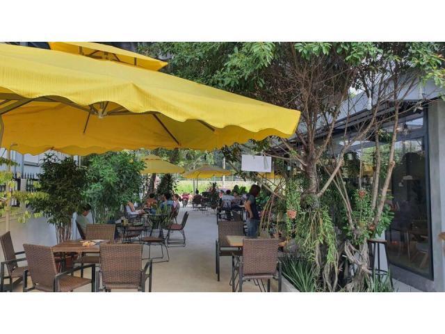 Sang quán the G Cafe mặt tiền đường đẹp tại 110 đường 400, Tân Phú, quận 9