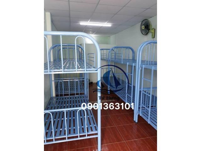 giường sắt tầng xanh dương sx theo yêu cầu
