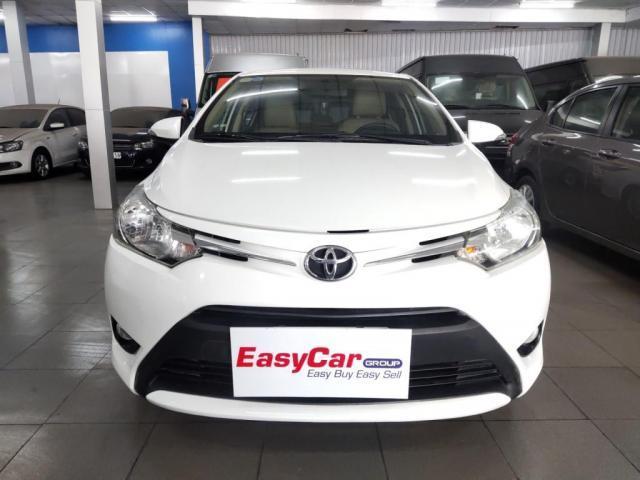Bán xe Toyota Vios 1.5E MT, đời 2018, màu Trắng, giá 409 triệu