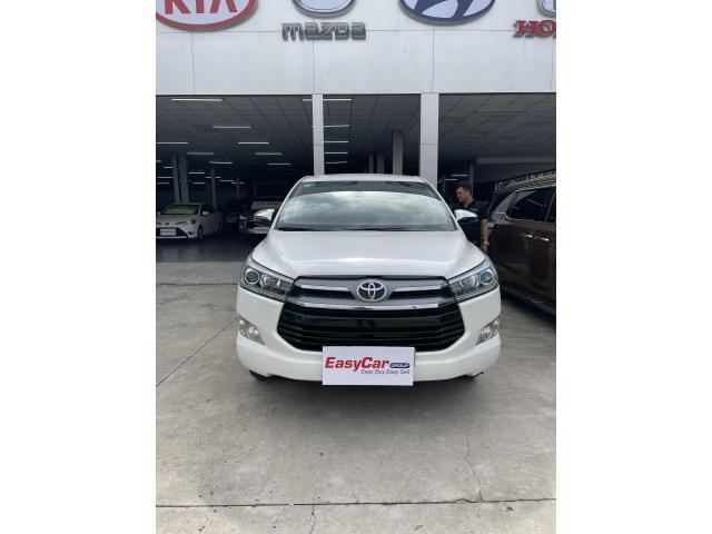 Bán xe Toyota Innova 2.0V, đời 2019, màu Trắng, giá 799 triệu